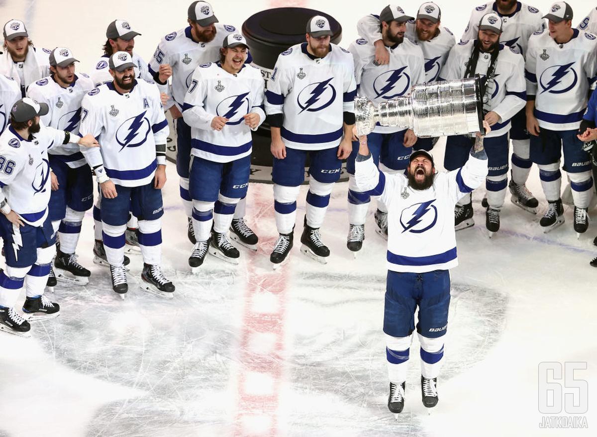 Lightning voitti kauan tavoittelemansa Stanley Cupin, nyt edessä on haaste pitää menestysikkuna auki.