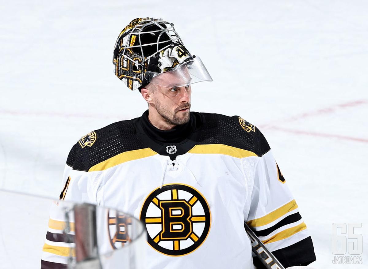 Halak kiekkoili Bruinsissa kolme kautta.