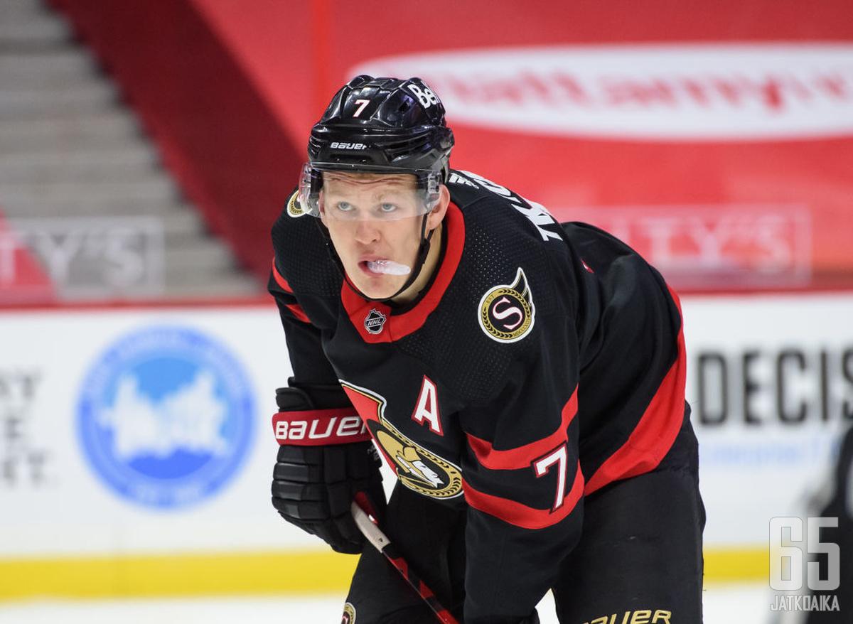 Brady Tkachuk teki pitkän jatkosopimuksen Senatorsin kanssa.