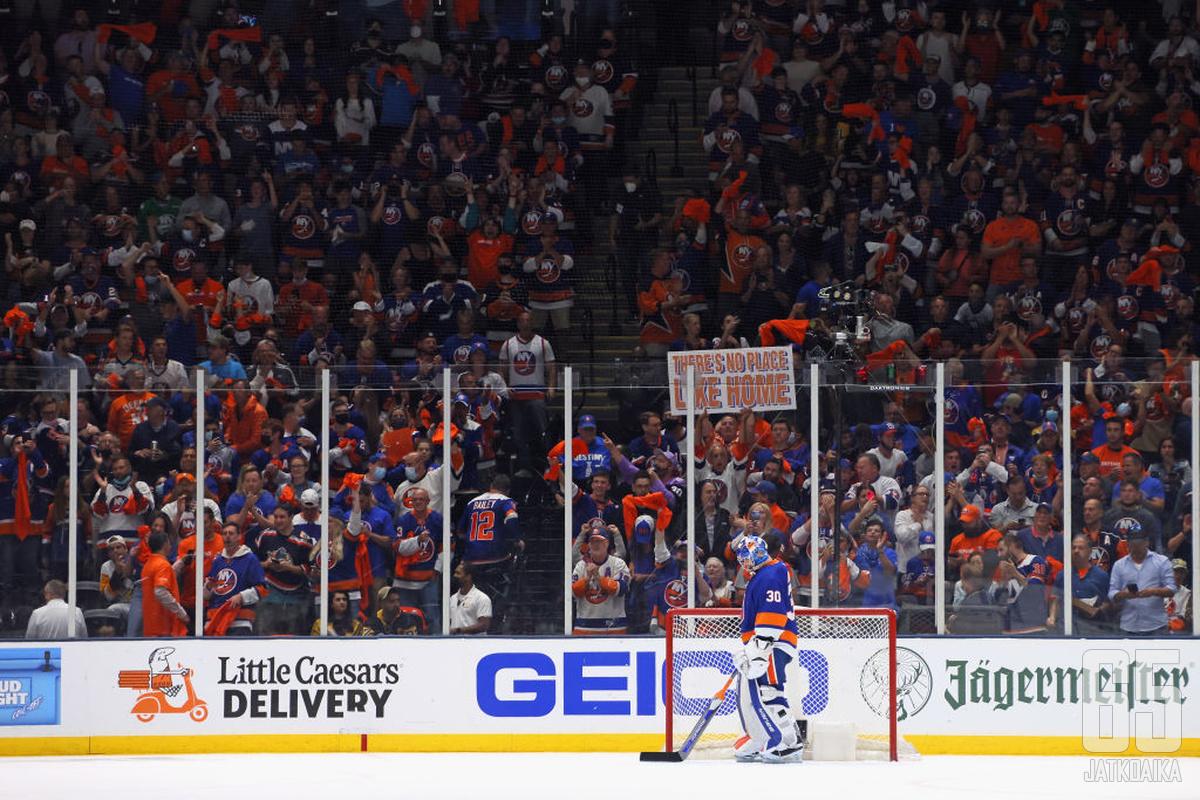 Islandersin fanit saivat nauttia Ilja Sorokinin huippuotteista.