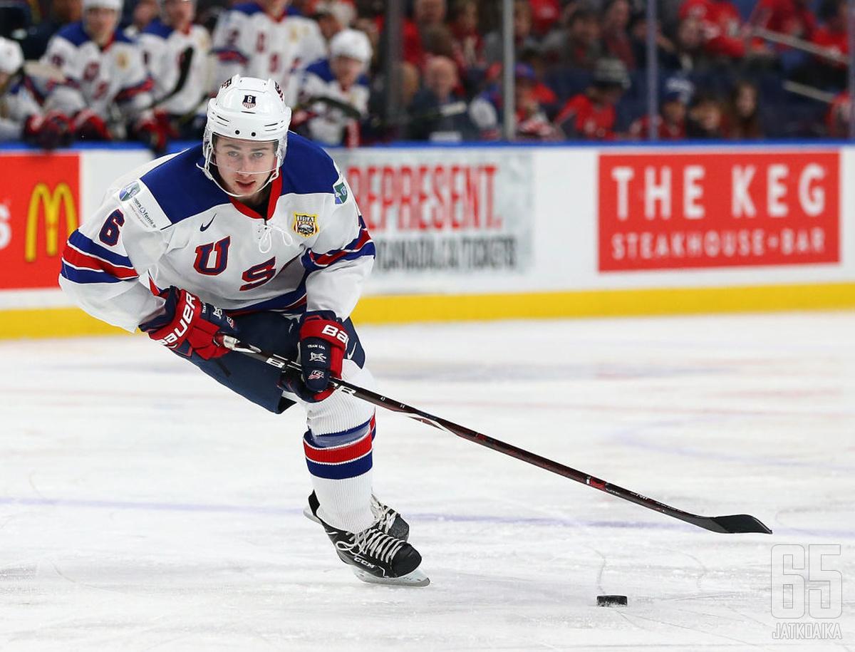 Quinn Hughes edusti Yhdysvaltoja jo viime talvena nuorten MM-kisoissa.