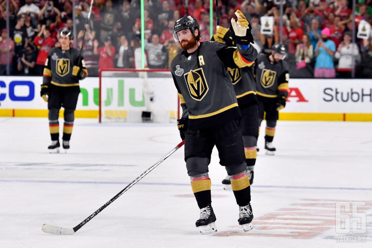 Neal jätti jäähyväiset Las Vegasille.