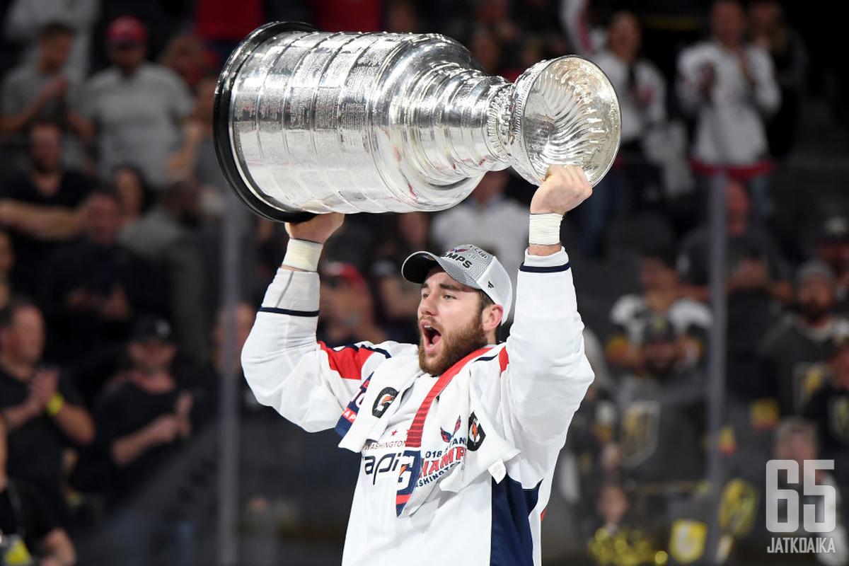 NHL:n ehkä ylipalkatuimmalta hyökkääjältä Tom Wilsonilta odotetaan mieluummin kevään pudotuspelien kaltaisia otteita kuin harjoituskaudellakin nähtyjä törkeyksiä.
