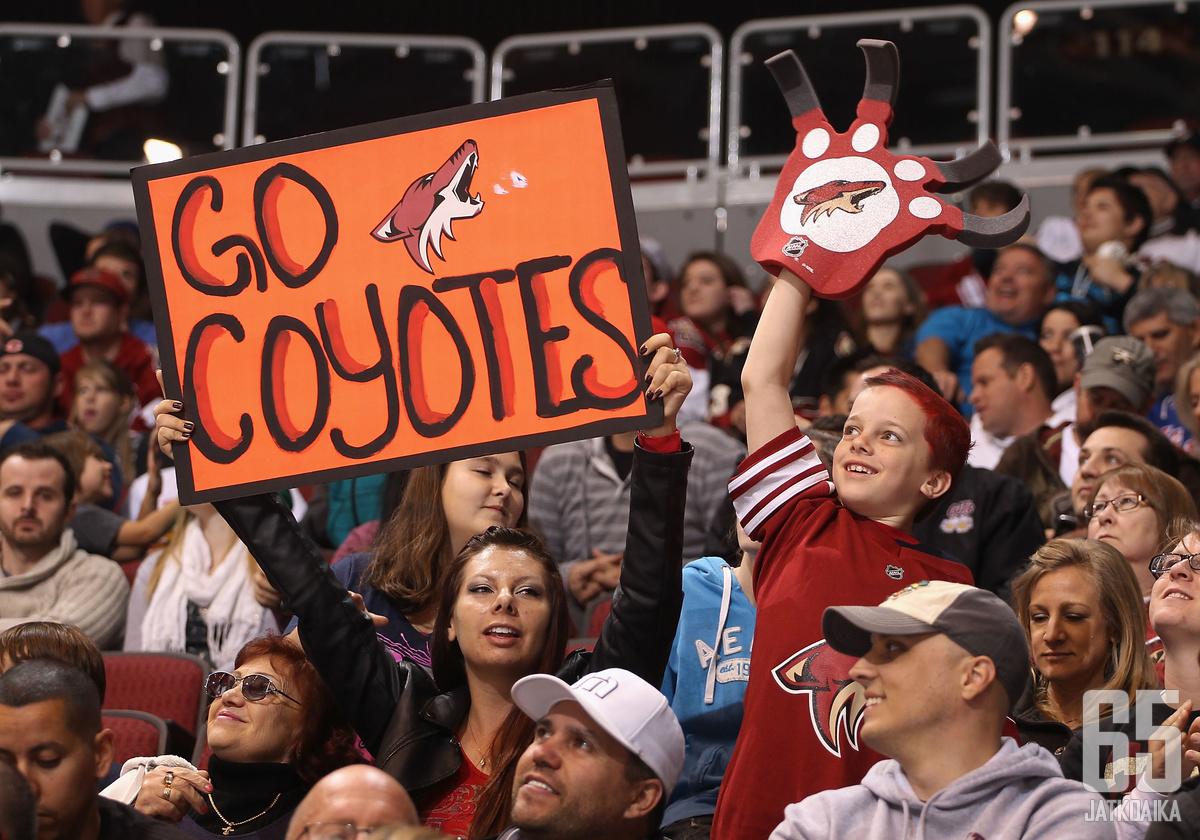 Miller ei kuulu enää Coyotesin organisaatioon.