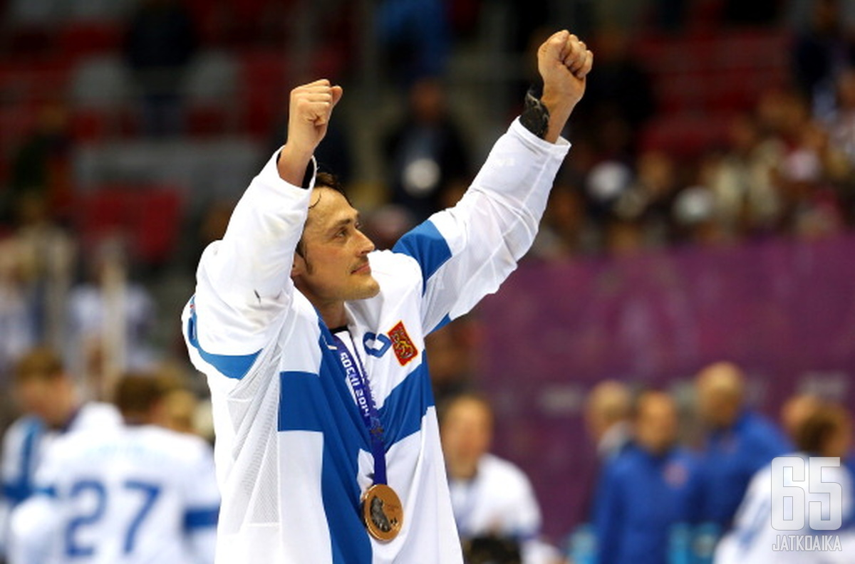 Selänne sai olympialaisista muistoksi pronssimitalin, valinnan arvokkaimmaksi pelaajaksi ja valinnan tähdistökentälliseen.