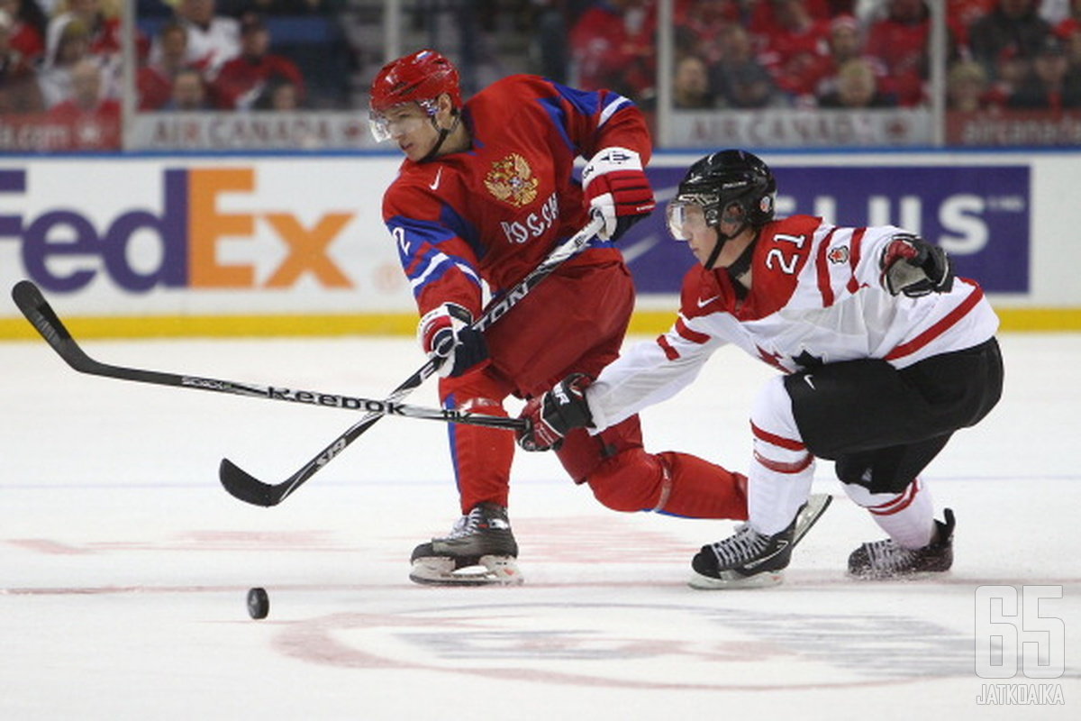 TsSKA Moskovan Nikita Zaitsev vaihtaa ensi kaudella punapaidan sininuttuun.