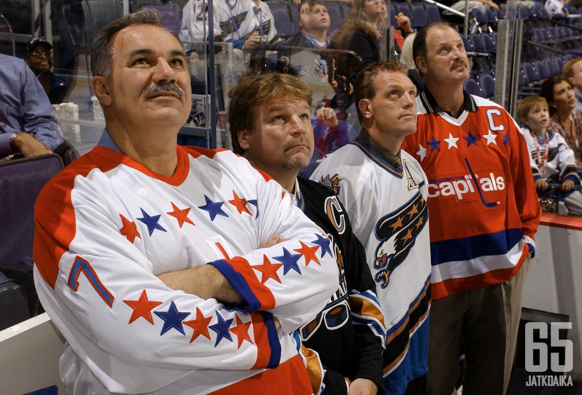 Yvon Labre (vasemmalla) oli organisaation alkuvuosina tärkeä pelaaja Capitalsille.