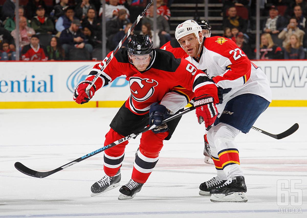 Tlustyn viimeisin NHL-seura oli New Jersey Devils.