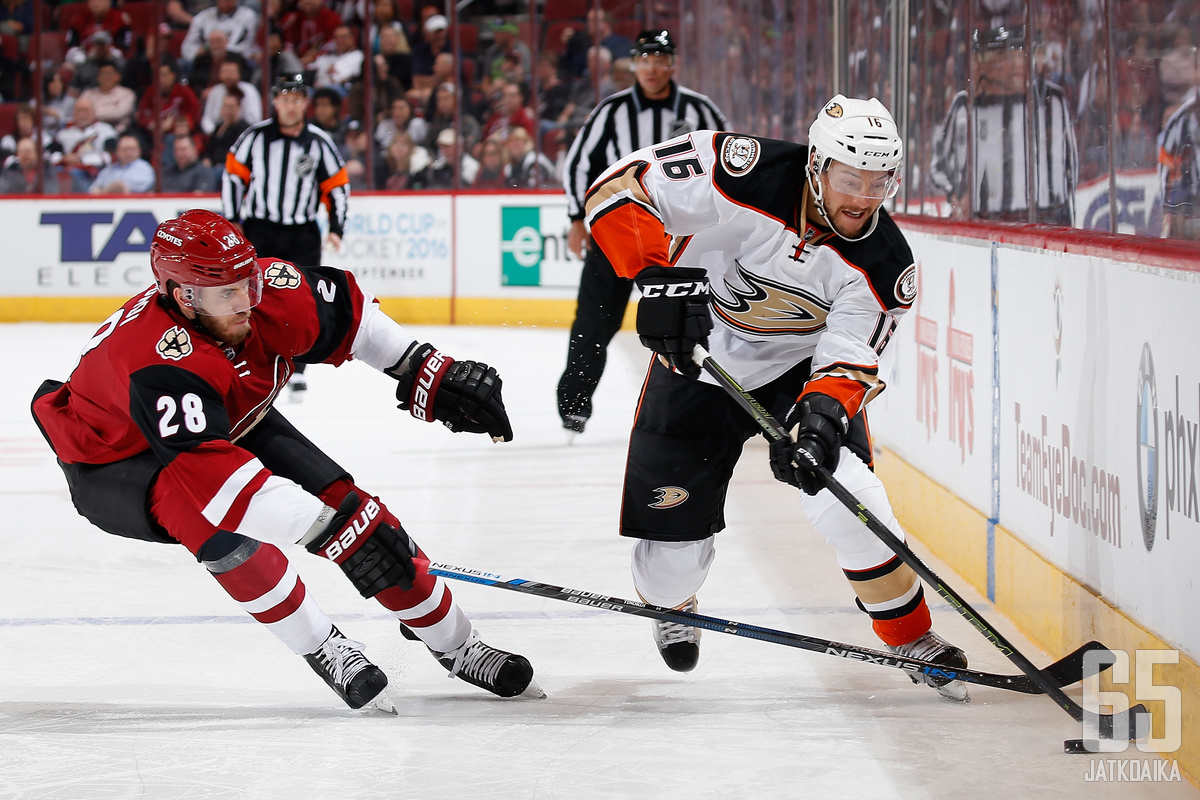 Jarred Tinordin NHL-kausi päättyi pelikieltoon.