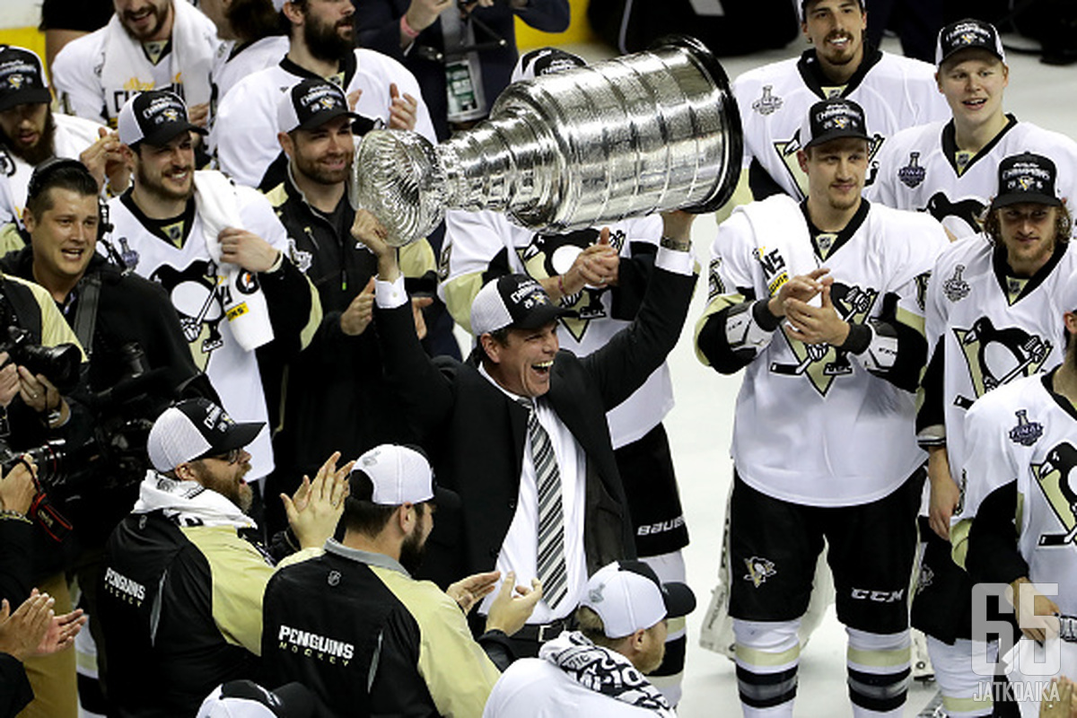 Sullivan on johdattanut Penguinsin Stanley Cupiin.