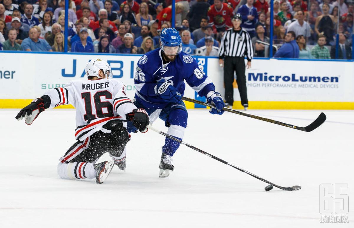 Kutšerov harhautteli itsensä maaliskuun tehokkaimmaksi pelaajaksi ja Lightningin pudotuspelitaisteluun.