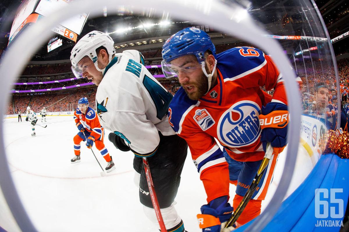 Eric Gryban pelit jatkuvat Oilersissa myös ensi kaudella.