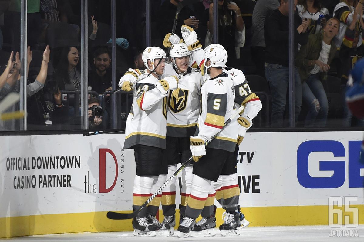 Vegas Golden Knights nauttii alkukauden huumasta ja paistattelee voittoputkessa.