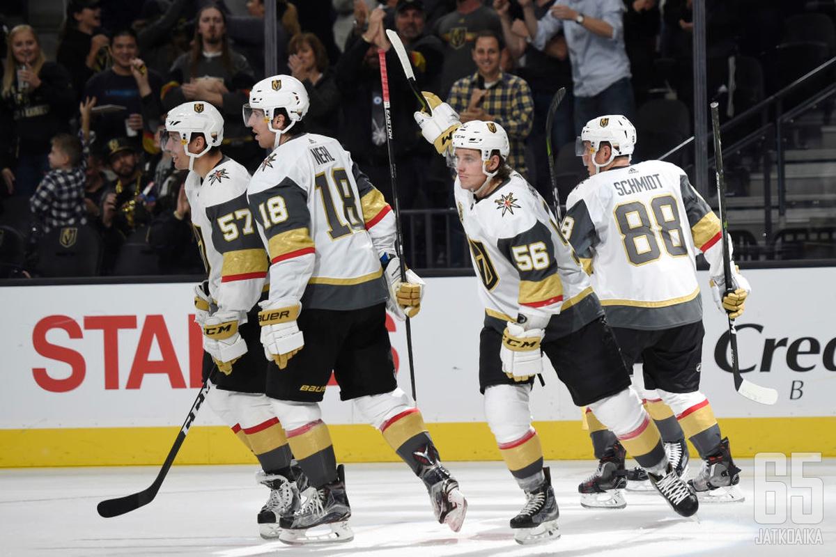 Vegas Golden Knights aloitti rytinällä.