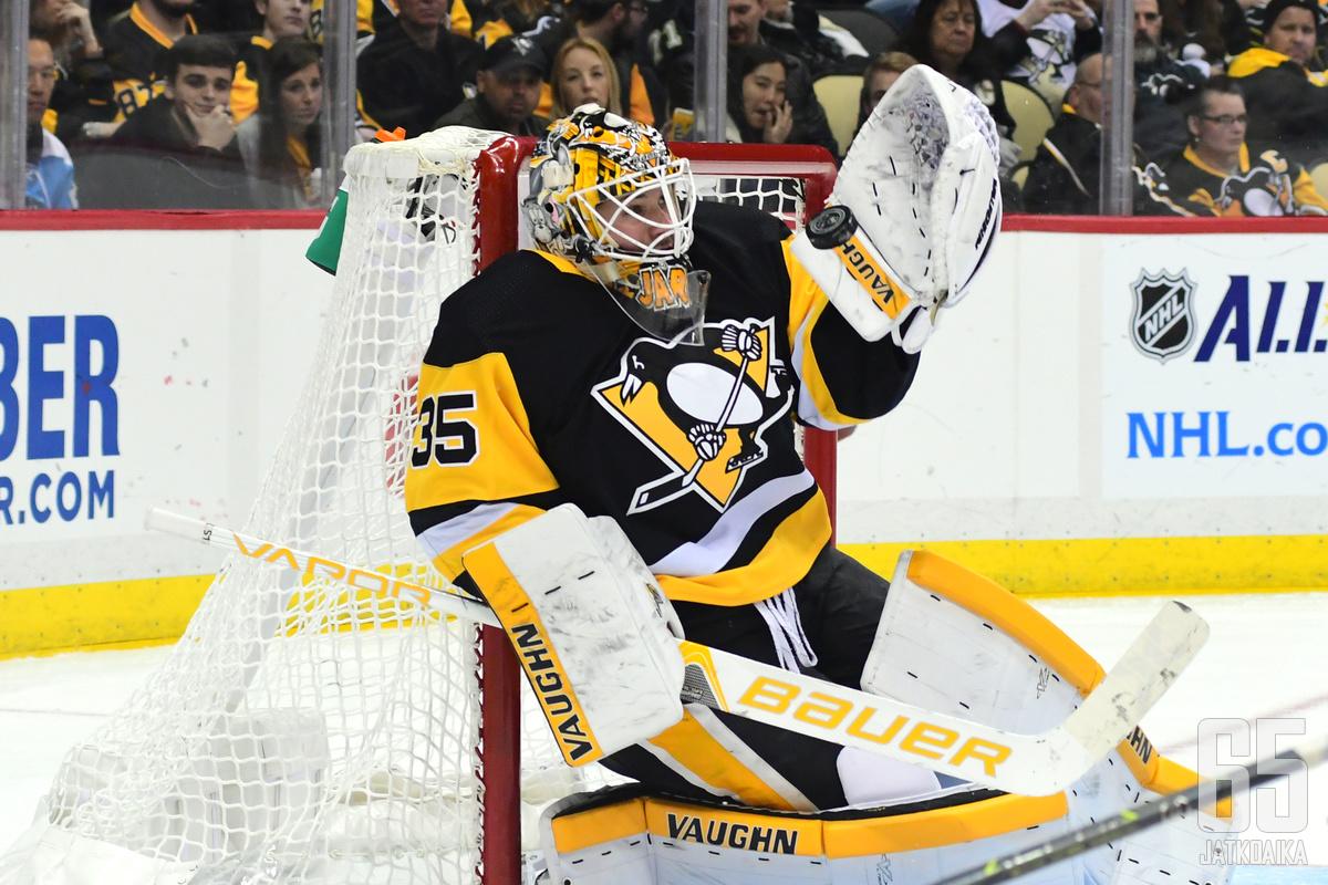 Jarry pelasi kuluneella kaudella 33 NHL-ottelussa.
