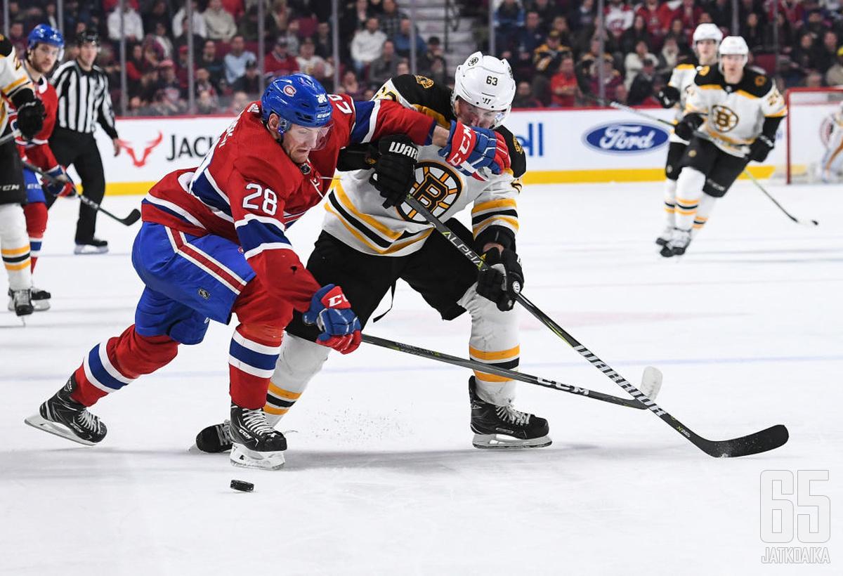 Jakub Jerabek puolustaa ensimmäistä kauttaan NHL:ssä.