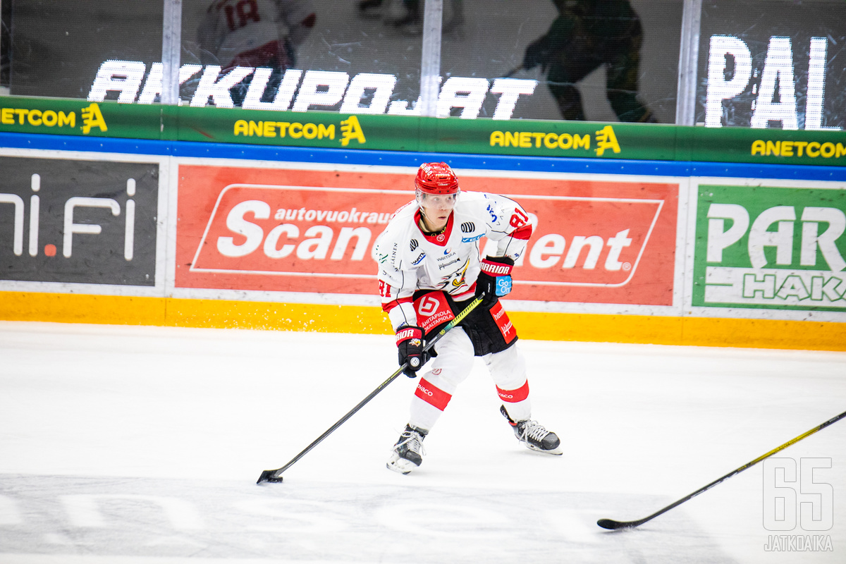 Ari Gröndahl on monille tuttu Vaasan Sportin riveistä.