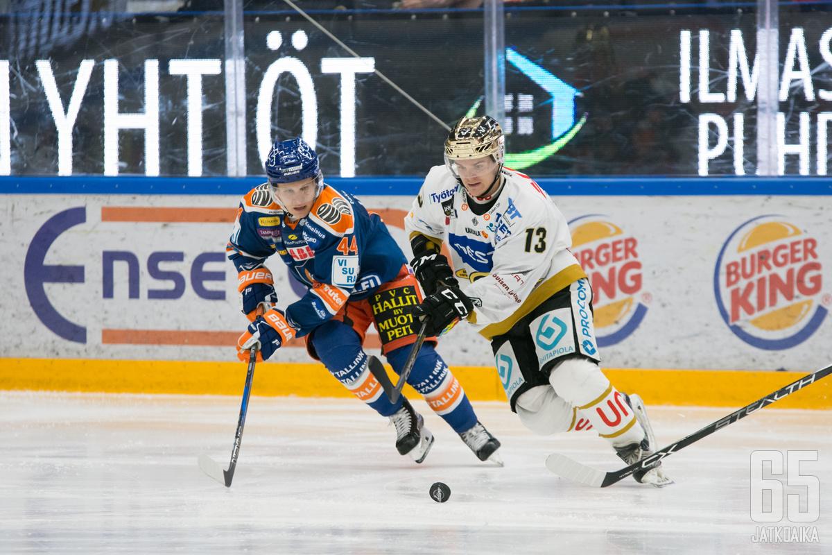 Julius Junttila koettaa jatkaa pistetehtailuaan Hakametsässä.