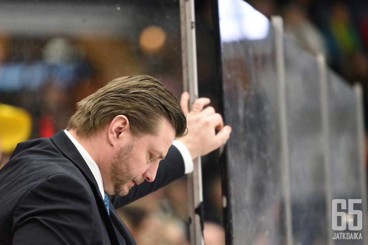 Pasi Nurminen oli kriittisenä ottelun jälkeen.