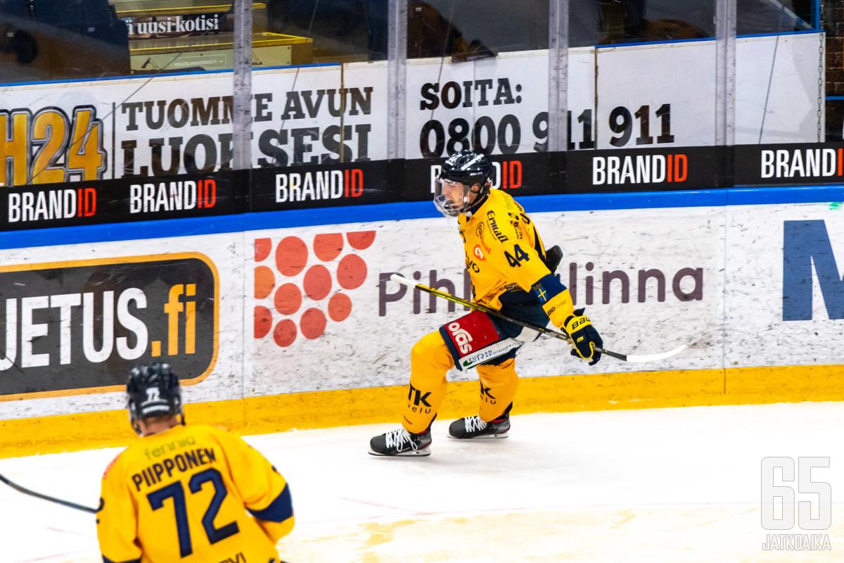 Pospíšil pääsi tuulettamaan kahden maalin verran Vaasan myöhäisottelussa.