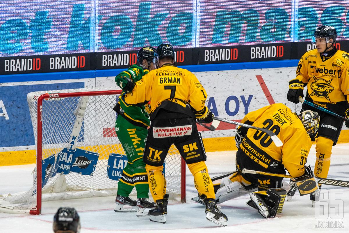 Ilveksen ja SaiPan avausottelussa tunteet ovat käyneet toisinaan kuumina.