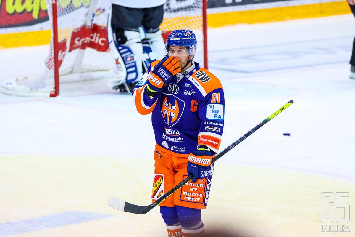 Jukka Peltolalla on kasassa kahdeksan tehopistettä 13 pelattuun otteluun.