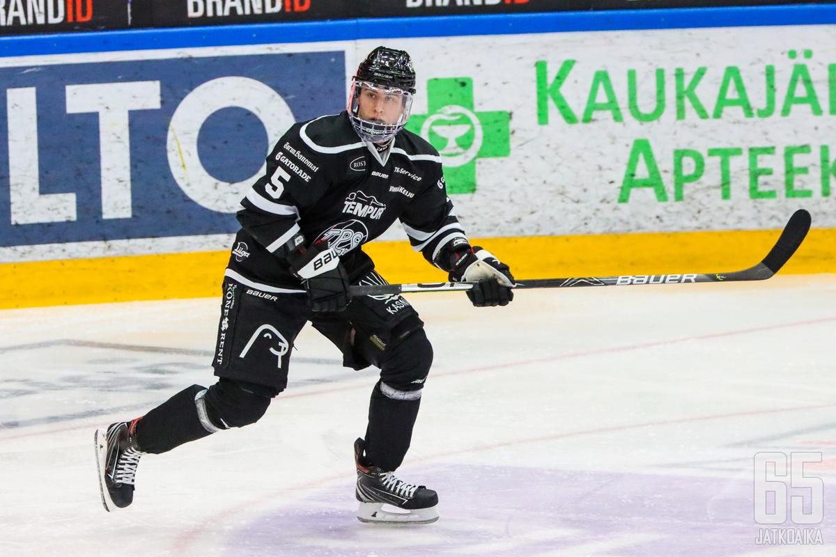 Eemil Viro iski ottelun voittomaalin.