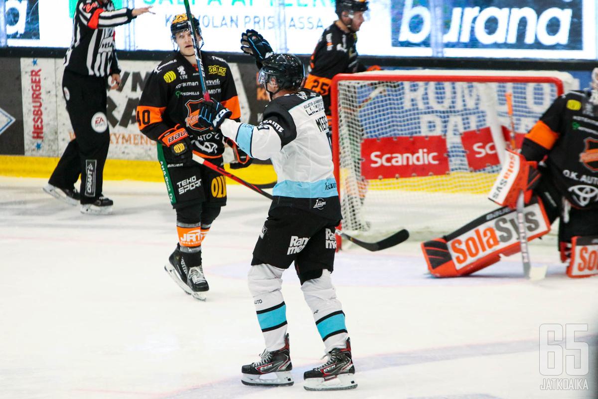 Waltteri Merelä sai kauden kolmannen syöttöpisteensä Iikka Kangasniemen voittomaalista.