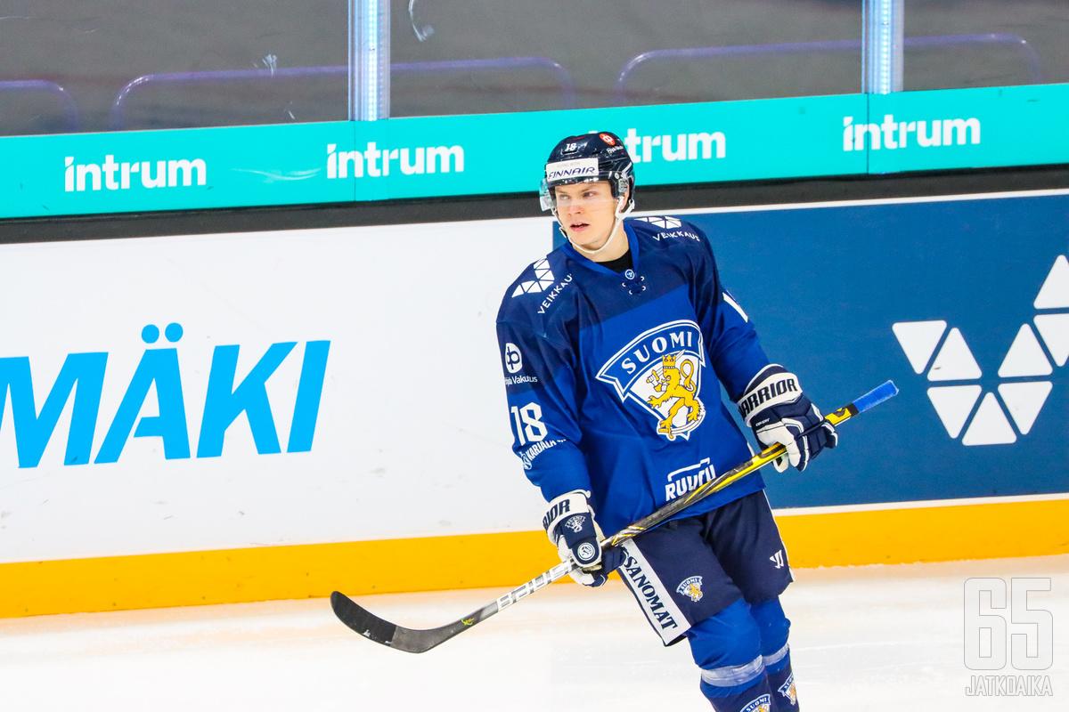 Vili Saarijärven maalit ja Janne Juvosen onnistunut maalivahtipeli toivat voiton Leijonille.