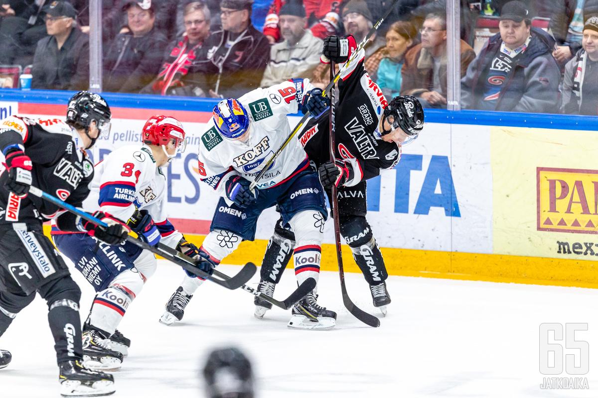 HIFK oli isäntä kaksinkamppailuissa.