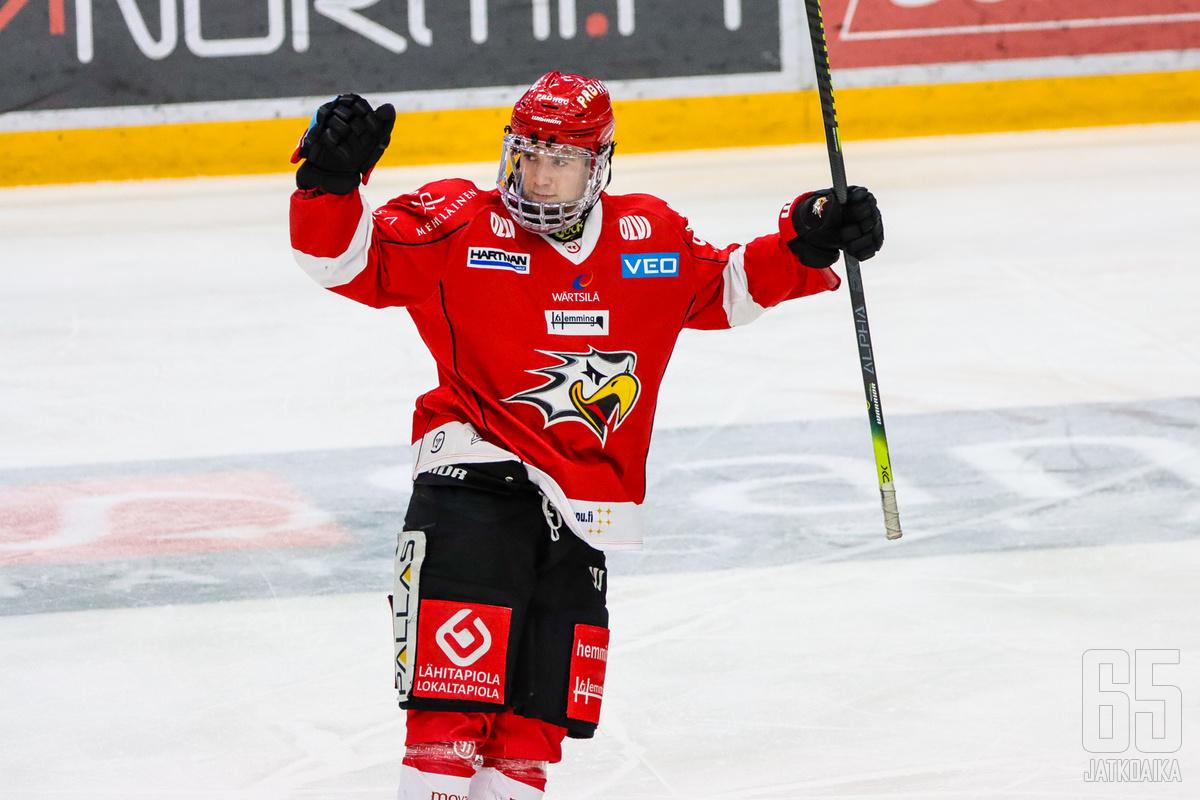 Juho Tommila teki kahden vuoden jatkosopimuksen Sportin kanssa.