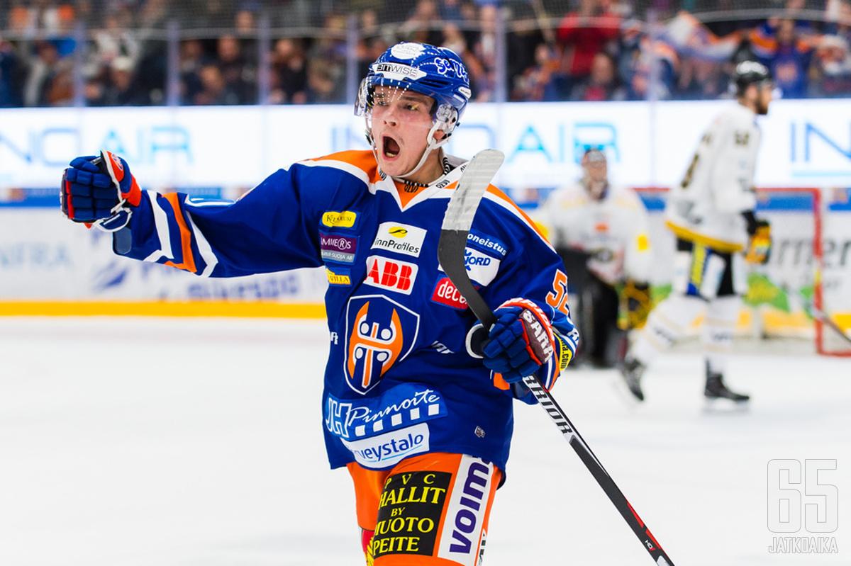 Otso Rantakari kunnostautui ratkaisijana joukkueiden edellisessä Hakametsässä pelatussa runkosarjaottelussa.
