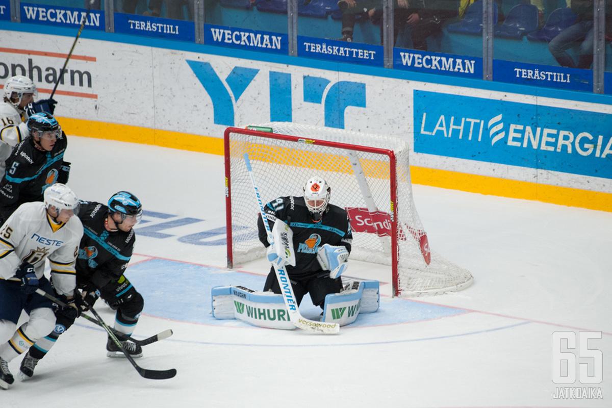 Janne Juvosen vuorenvarma torjuntavire pidensi Pelicansin liigakautta.