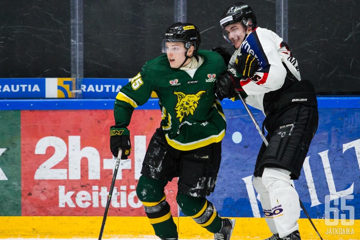 Roni Allén pelasi viime kaudella pääosin Nuorten SM-liigaa.