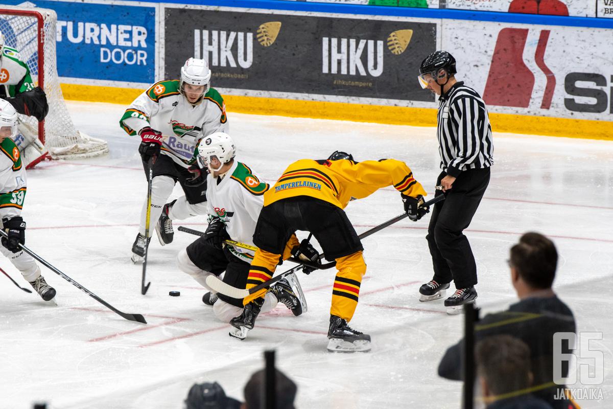 Tampereella nähtiin tiukkaa taistelua.