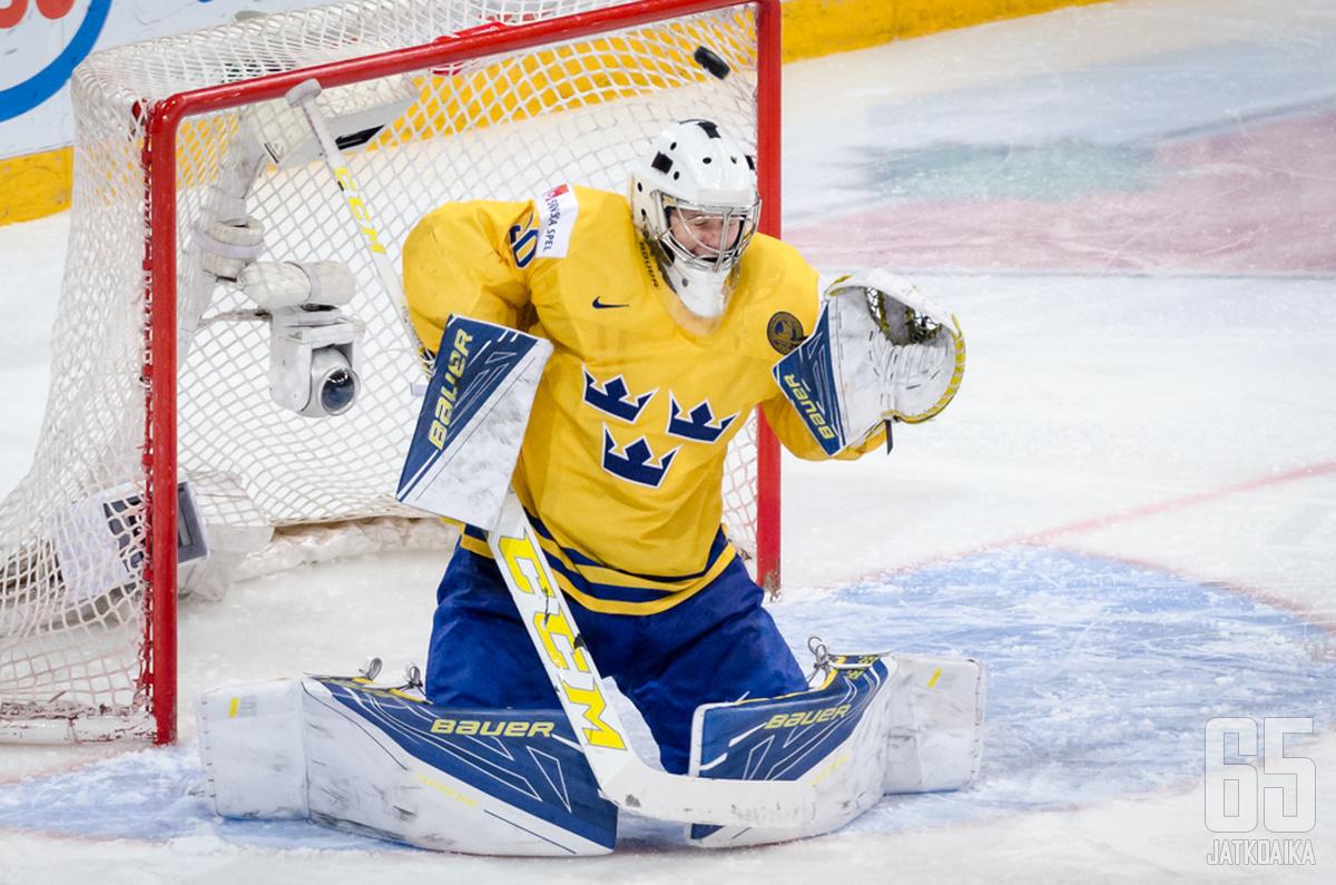 Söderströmillä on runsaasti kokemusta nuorten maajoukkuepeleistä.