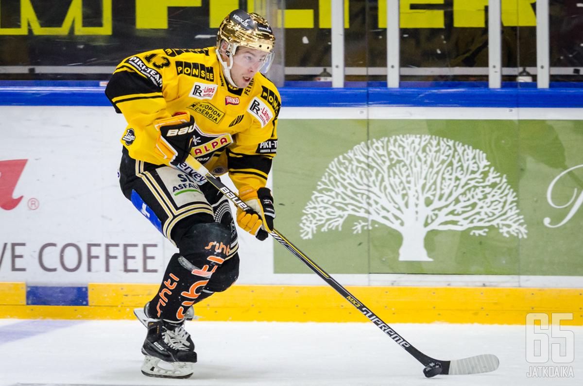 Mikael Ruohomaalle ilta tuotti kolme tehopistettä.