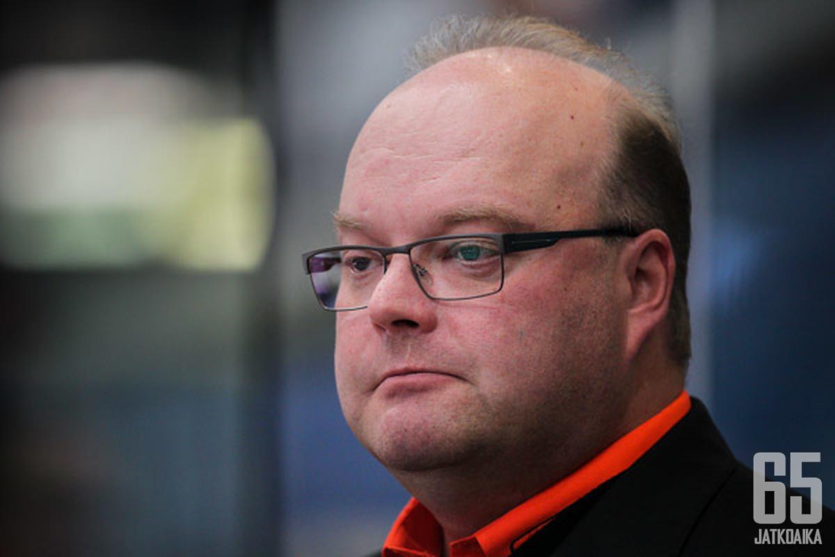 Pasi Arvonen on HPK:n uusi päävalmentaja.