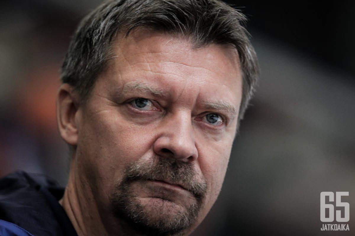 Jukka Jalosen kutsunut konferenssi oli täynnä NHL:n valmennuspuolen ykkösnimiä.