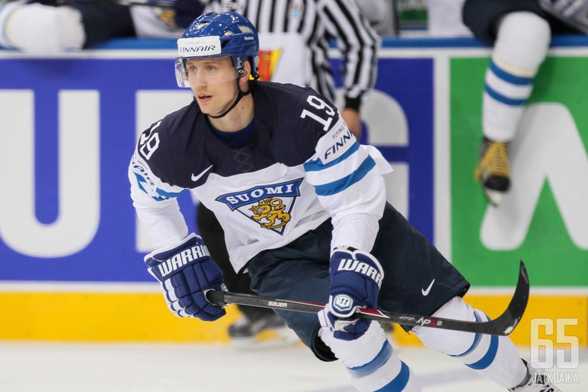 Savinainen nähtiin Leijona-paidassa myös Minskin MM-kisoissa.