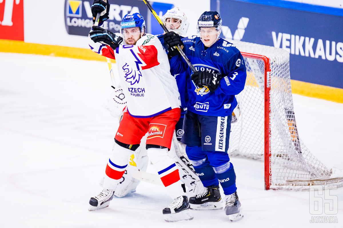 Suomi aloitti Moskovassa voitolla.