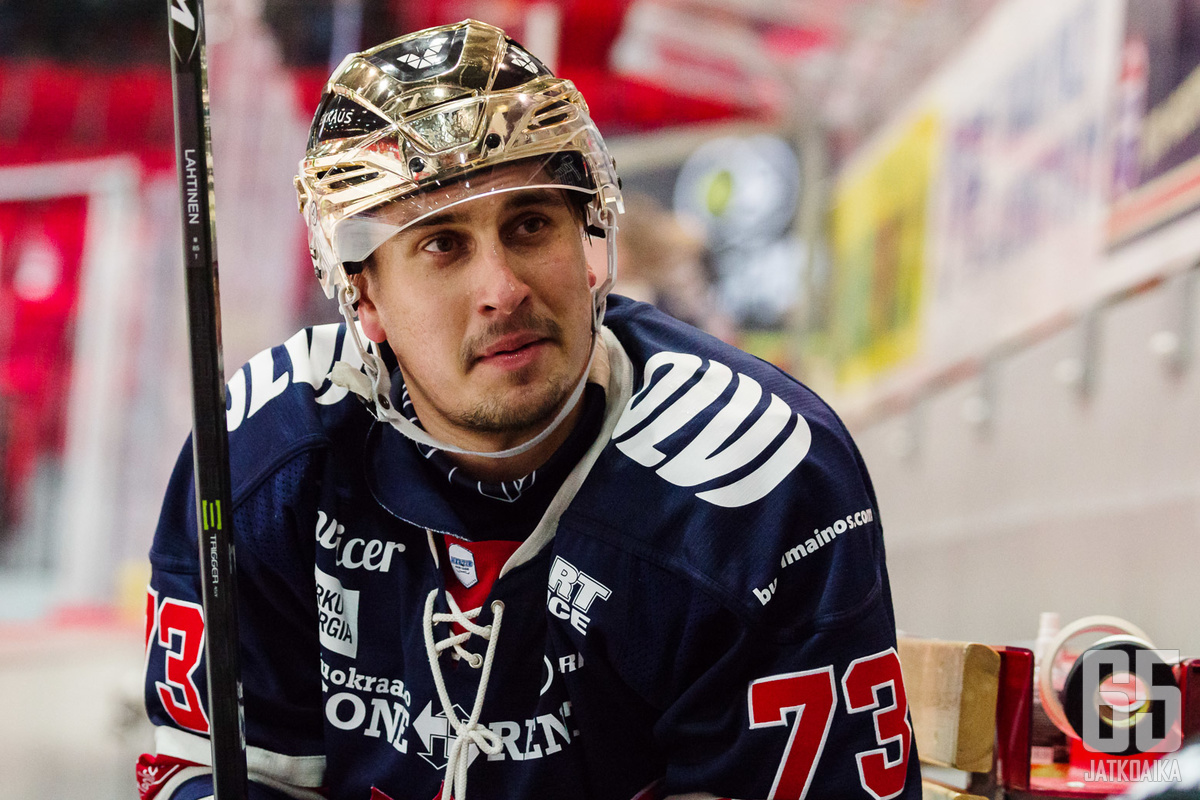 Viime kaudella Lucenius oli Mestiksen pistepörssin kolmas.