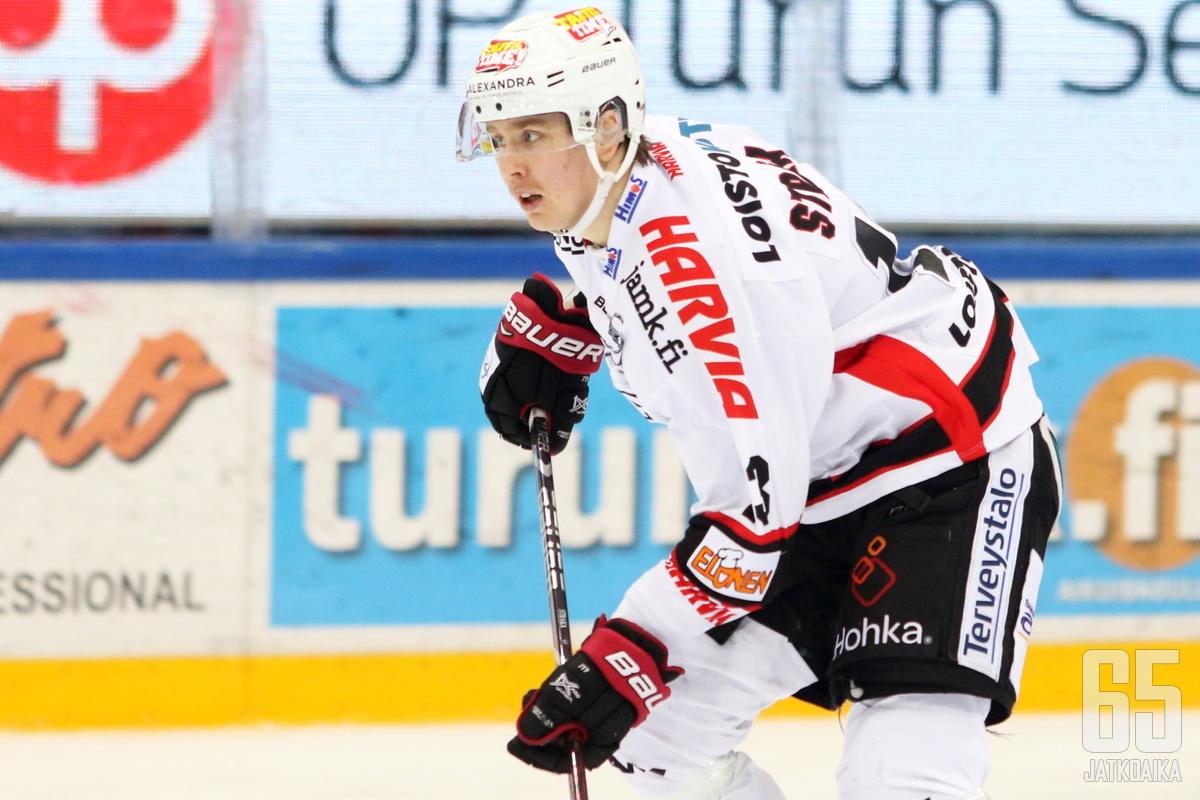 Stråka on päässyt pelaamaan tällä kaudella uransa ensimmäiset Liiga-ottelut.