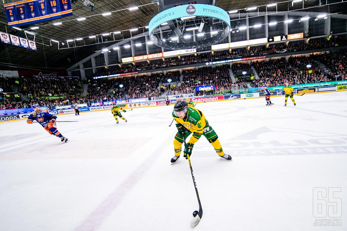 Ilves ja Tappara kohtaavat perjantaina 290. kerran Hakametsän jäähallissa.