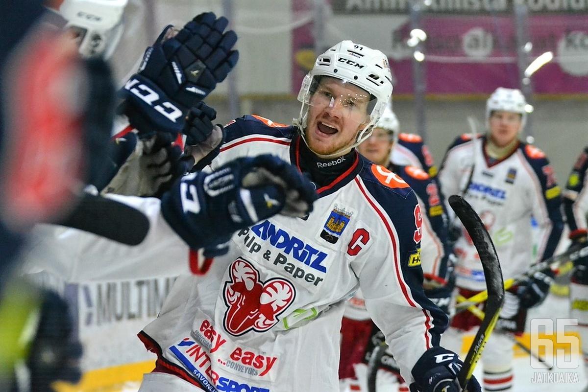 Juuso Forsström voitti SaPKossa Mestis-mestaruuden.