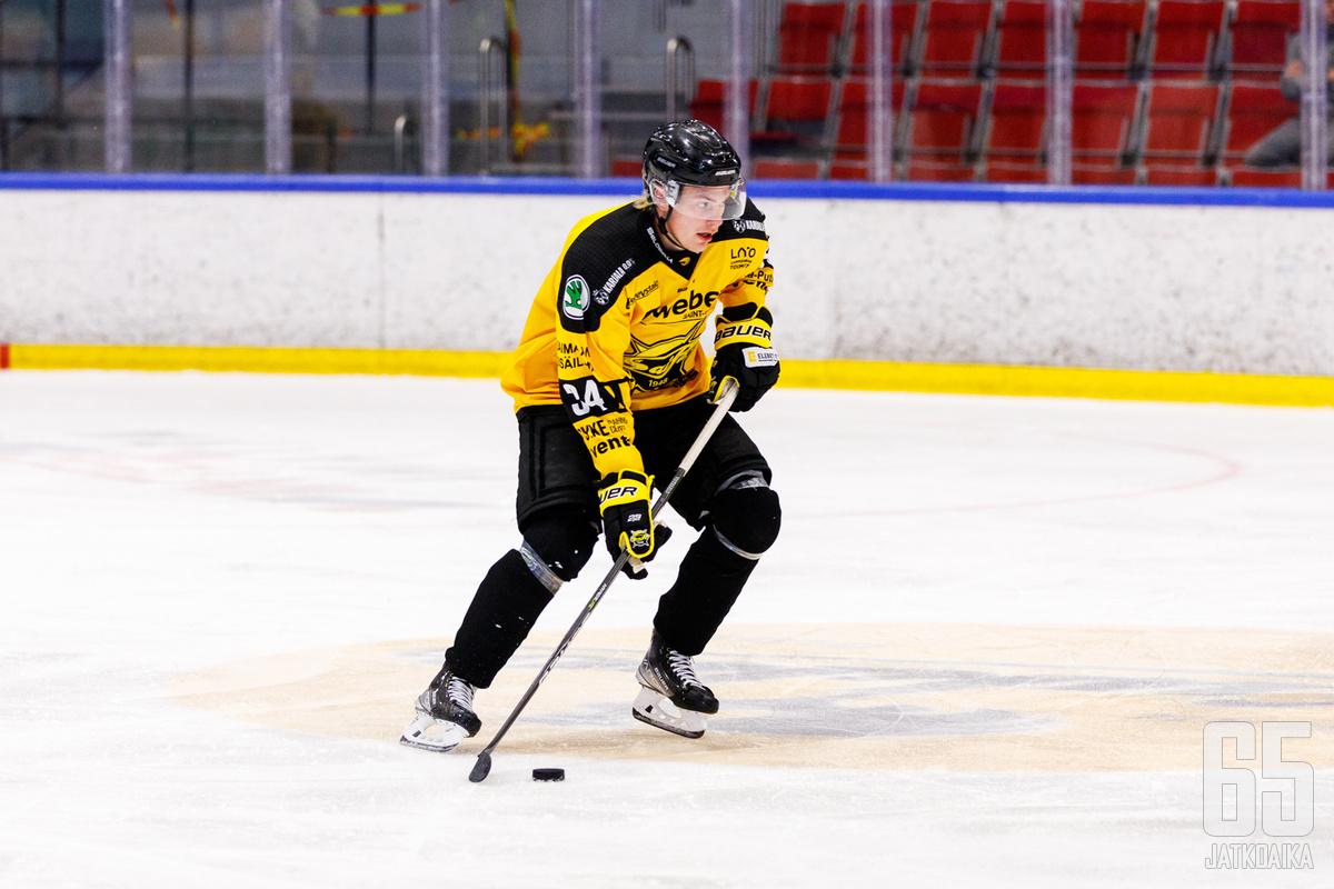Nuutti Viitasalo on harjoituskauden aikana saanut runsaasti vastuuta ja peliaikaa SaiPassa.