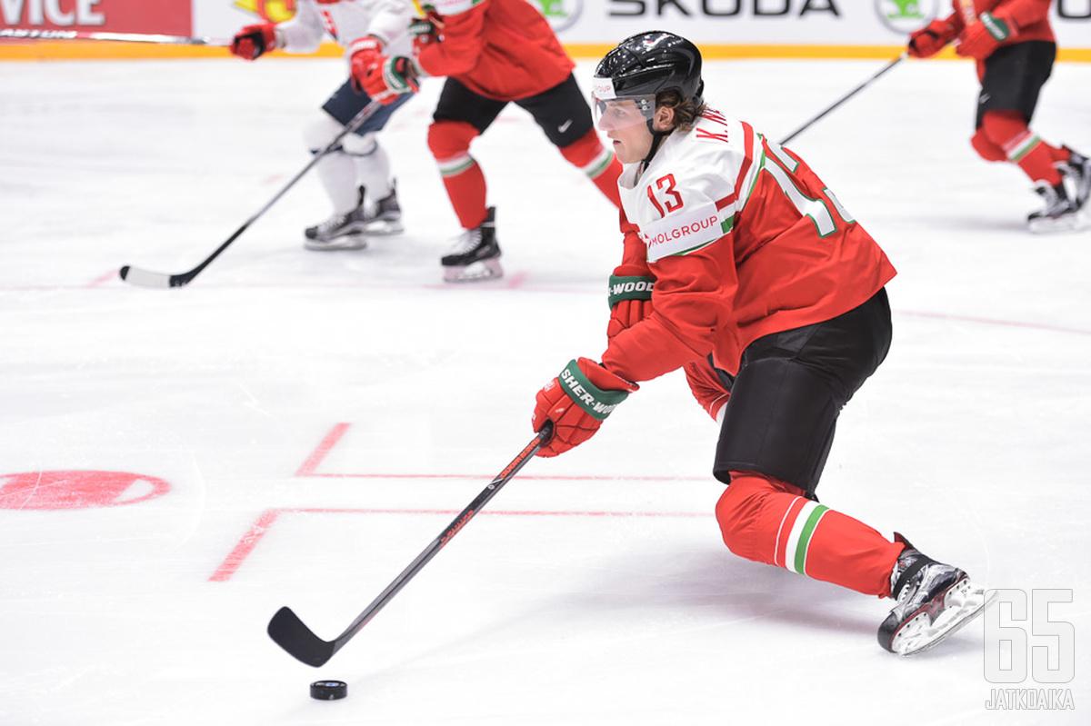 Nagy pelasi Unkarin paidassa A-tason MM-kisoissa keväällä 2016.