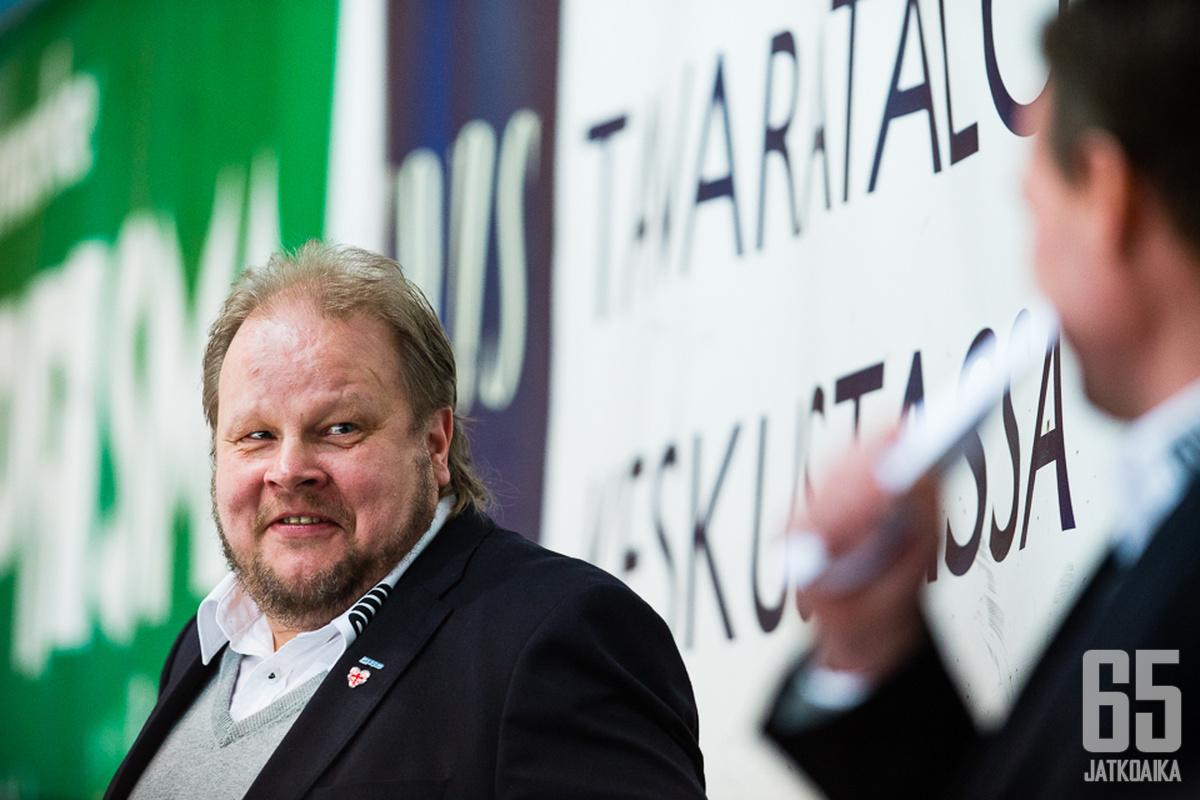 Pasi Räsänen vaihtaa Savonlinnan Kajaaniin ja SaPKon Hokkiin.