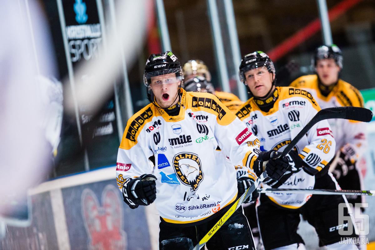 Uransa parhaan kauden pelannut Aleksi Hämäläinen tuuletteli täysiosumaa 15 kertaa kauden aikana.