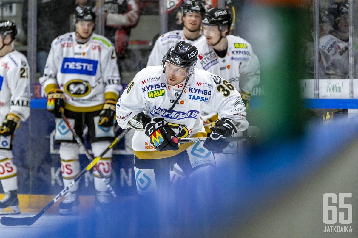 Jussi Jokinen on Kärppien ratkaisupelaajia seitsemännessäkin finaaliottelussa.
